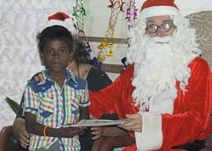 Thamarai_xmas_2015_288 (Manohar_Auroville) Tags: christmas xmas girls india kids children luigi tamil tamilnadu auroville fedele bioregion manohar thamarai tamilgirl tamilbeauty edayanchavadi