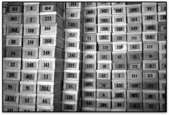 Caixes, Museu del suro (Can Mario), Palafrugell (Jessur gustson) Tags: elsenyordelsbertins canon eos20d tamron18200 catalunya catalua catalonia espanya espaa spain gironaprovincia emporda ampurdan baixemporda bajoampurdan palafrugell industria industry fabrica factory museu museum suro corcho cork bn byn bw