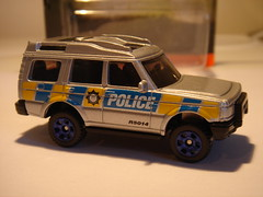 MATCHBOX LAND-ROVER DISCOVERY NO5 POLICE VEHICLE 1/64 (ambassador84 OVER 6 MILLION VIEWS. :-)) Tags: matchbox landroverdiscovery diecast