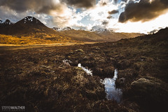 Glen Moriston moor (Steffen Walther) Tags: 2016 reise schottland scotland uk britain highlands glenmoriston lochcluanie munro mountains travel landscape sunset valley snow clouds sun outdoor moor marsh vast canon5dmarkiii canon1740l reisefotolust moorland westernhighlands
