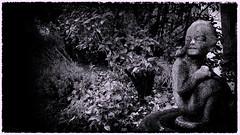 death watch (tomsyrk) Tags: statue totenwache gefhl ausdruck death watch deathwatch park landschaft natur nature landscape schwarzweiss sw blackandwhite blackwhite blacknwhite black dark dunkel feeling blancoynegro noireblanc noiretblanc nb bw bnw bwd mono monochrome monochrom november dster traurig trauer hoffnung allerheiligen tambach friedhof gruft franken bayern deutschland frankonia bavaria germany
