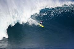 IMG_1910 copy (Aaron Lynton) Tags: surfing lyntonproductions canon 7d maui hawaii surf peahi jaws wsl big wave xxl