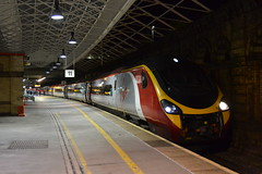 Virgin Trains Pendolino 390050 Virgin Invader (Will Swain) Tags: crewe station 19th october 2016 cheshire north west south county train trains rail railway railways transport travel uk britain vehicle vehicles country england english virgin pendolino 390050 invader class 390 50 050