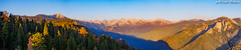 """Moro Rock Panorama on East • <a style=""""font-size:0.8em;"""" href=""""http://www.flickr.com/photos/59465790@N04/20016504973/"""" target=""""_blank"""">View on Flickr</a>"""