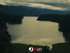 2012-10-06.009 (mauurena) Tags: naturaleza paisaje octubre embalse 2012 duotono