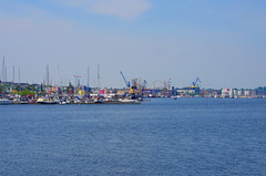 Rostock Allemagne aot 2015 - 70 Stadthafen, Am Strande (paspog) Tags: port germany deutschland balticsea allemagne ostsee rostock stadthafen hansestadt merbaltique hafe amhafen villehansatique