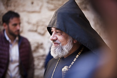 hooded (eb78) Tags: israel jerusalem middleeast streetphotography orthodox churchoftheholysepulchre christianquarter