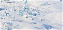 DSC_8648bis1a (Nous trois...) Tags: winter white mountain ski montagne vacances soleil photo photographie skiing photos top altitude hiver pipe glacier climbing alpine valley second blanche chamonix premier blanc plaisir crevasse montblanc glace slalom escalade alpin massif corde hautesavoie valleblanche sommet aiguille vallee arrete whitevalley monteblanco corde vallblanche slalomer boudrier chamoniard blanche
