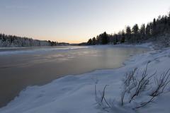 Tepokari Joulukuussa (Janne Maikkula) Tags: winter snow ice water finland river rovaniemi lapland lumi talvi maisema vesi luontokuva metsä landcape luonto jää meltaus ounasjoki jannemaikkula ikithule jokivarsi teponkari