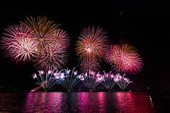 2015 Skyfire-100 (www.awphoto.com.au) Tags: lake fireworks au australia canberra aus act skyfire lakeburleygriffin 2015 fm1047 australiancapitalteritory asiriwanigarathne infoawphotocomau wwwawphotocomau