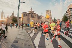 2016-09-25 08.34.57 (Atrapa tu foto) Tags: 8mm espaa europa europe maratondezaragoza saragossa spain xmaratnciudaddezaragoza zaragoza ateltismo atletics carrera corredores deporte fisheye marathon maraton maratn ojodepez runners running sport aragon es