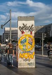A section of the Berlin Wall, Potsdamer Platz DSC_0286 (troy david johnston) Tags: troydavidjohnston berlin deutschland germany berlinmauer potsdamerplatz monument memorial wall concrete section graffiti