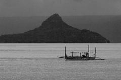 Volcano, Talisay, Batangas, Philippines (ARNAUD_Z_VOYAGE) Tags: filipino filipina islands island talisay batangas phlippines landscape boat sea southeast asia city people volcano tagaytay taal lake amazing asian moutains sunset philipinnes