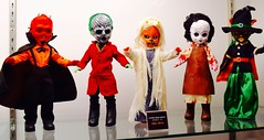 DSC_0197 (Randsom) Tags: nycc 2016 newyorkcomiccon nycomiccon javitscenter october nyc newyorkcity cosplay costume fun comicbooks comicconvention halloween spooky monster ghoul ldd livingdeaddolls mezco toy doll scary devil satan leatherface butcher blackcat witch suspenders cape