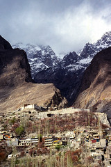 Village and mountains, Karimabad, Pakistan (travelingmipo) Tags: travel photo film pakistan     pakistani  pamir karakoram   hunza hunzavalley  karimabad  landscape  village  mountains