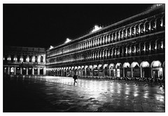 San Marco, Venezia (Silvio Naef) Tags: early morning night san marco venice venezia venedig leica summicron mp