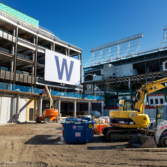 Big W (Andy Marfia) Tags: chicago lakeview wrigleyville wrigleyfield baseball stadium playoffs sign w win victory construction squarecrop d7100 1685mm 1250sec f8 iso100
