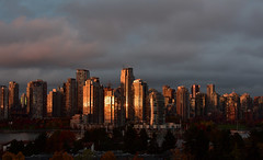 Vancouver Autumn, at its best (roaming-the-planet) Tags: atitsbest falsecreek dusk nikkor35mmf18 vancouverautumn