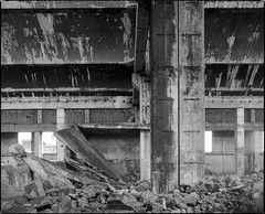 Siemianowice lskie, Poland. (wojszyca) Tags: mamiya rz67 6x7 120 mediumformat 75mm shift rollei rpx 25 hc110 163 gossen lunaprosbc epson 4990 industrial decay interior wall ruin uppersilesia