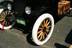 1609_YashE35GT_010.jpg (OldChE) Tags: activity cantigny carshow coloryashinondx45f17 film kodakgold200 museums places yashicaelectro35gt