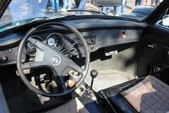 1971 - Volkswagen Karmann Ghia 1600 - DH-15-67 -6 (Oldtimers en Fotografie) Tags: 1971volkswagenkarmannghia1600 volkswagenkarmannghia1600 volkswagen karmannghia type14 vw cabriolet dh1567 oldcars klassieker oldtimer classiccars klassiekers oldtimers germancars interieur interior stuur steeringwheel dashboard midlandclassicshow2016 midlandclassic2016 midlandclassic 16emidlandclassicshow midlandclassicshow photographerfransverschuren fransverschuren oldtimersfotografie fotograaffransverschuren vriendenkringklassiekers almeremidlandclassic