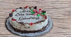 """Die Geburtstagstorte. Die Geburtstagstoren. An ihrem Geburtstag bekommen viele Geburtstagskinder eine Geburtstagstorte. • <a style=""""font-size:0.8em;"""" href=""""http://www.flickr.com/photos/42554185@N00/30711845891/"""" target=""""_blank"""">View on Flickr</a>"""