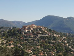 Falicon - Alpes-Maritimes(06) (3D-Stretch) Tags: alpes french nice riviera village francaise cte paca cote 06 azur maritimes dazur alpesmaritimes perch communaut franaise provencealpesctedazur falicon