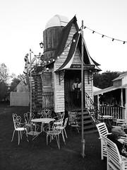 Oberon's Observatory (Mr Exploding) Tags: music monochrome festival bar event isleofwight vignette musicfestival bestival robinhill summeroflove 2015 cocktailbar downend robinhillcountrypark slowzone vignetteforandroid oberonsobservatory