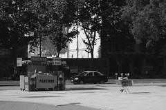 Taxi Pancho y Coca (Alex Ferrero) Tags: city dog white black hot hotdog cola buenos aires cab taxi ciudad pancho coca postales argentinas porteas