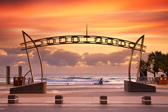Surfers Paradise || GOLD COAST || AUSTRALIA (rhyspope) Tags: australia aussie cld queensland surfers paradise sunrise gold coast cloud color colour rhys pope rhyspope canon 5d mkii morning beach marine surfersparadise ocean sea waves surf