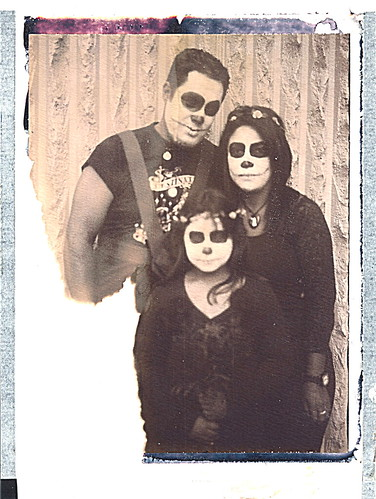 """Chocolate Day of the Dead Family • <a style=""""font-size:0.8em;"""" href=""""http://www.flickr.com/photos/36755776@N07/29977060403/"""" target=""""_blank"""">View on Flickr</a>"""