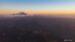Approaching Seattle - HMM (Alfred J. Lockwood Photography) Tags: alfredjlockwood nature landscape airplane dusk sunset mountrainier washington clearsky summer
