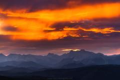 """""""Auroras boreales"""" en el Pirineo Navarro (inaxiotejerina) Tags: pirineos tapla zaraitzu salazar nafarroa navarra navarre pirinioak pirineo pirineonavarro pyrénées pyrenees amanecer nubes"""