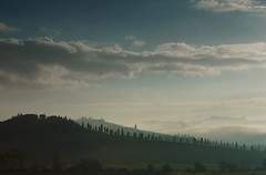 Misty Tuscany (hbothmann) Tags: toskana tuscany toscana cretesenesi toskanalandschaft landscapetuscany countryside fog mist variosonnar247028za