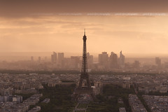 Misty Sunset on Paris (Yannick Lefevre) Tags: france paris sunset cityscape landscape eiffeltower toureiffel tourmontparnasse ladéfense mist panorama roof nikon d700 raw nef nikkor24120f4 tripod manfrotto leefilters 09gndsoft 06gndsoft paysage lightroomcc photoshopcc
