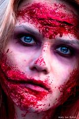 Halloween 4 (-+Niels+-) Tags: halloween spooky scary creepy zombie zombiewalk costume walkingdead