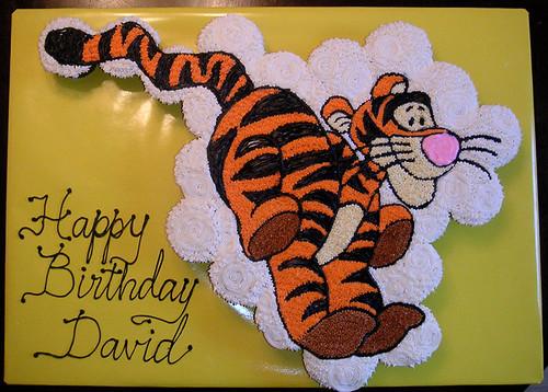 364-polkatots cupcake cakes