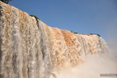 Cataratas do Iguaçu - Paraná (Macapuna) Tags: cataratasdoiguaçu cataratas do iguaçu suldobrasil sul fozdoiguaçu paraná brasil macapuna latinamerica américalatina southamerica américadosul américa carlosmacapuna nikon nikond90 parquenacionaldoiguaçu parque nacional 1939 instituto chico mendes de conservação da biodiversidade icmbio institutochicomendes conservaçãodabiodiversidade unidade unidadedeconservaçãodobrasil patrimôniomundialnatural unesco sete novas maravilhas natureza natureza7 natureza7rio rio
