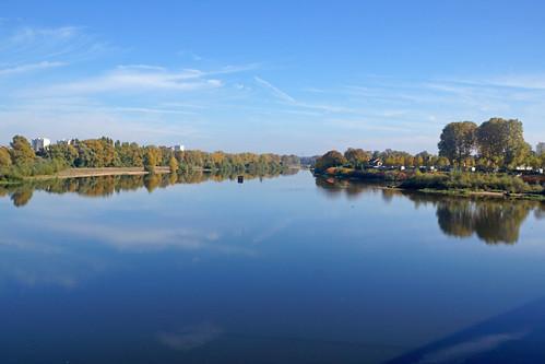 2016-10-24 10-30 Burgund 659 Nevers, Loire