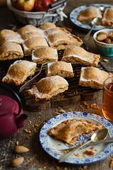IMG_2676_exp-2 (Helena / Rico sin Azcar) Tags: empanada apple manzana pie food postre bizcocho dessert fruit fruta