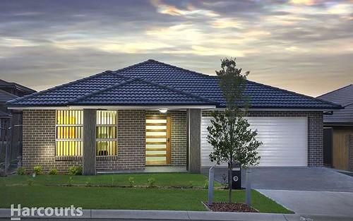 18 Alison Circuit, Oran Park NSW 2570