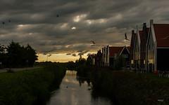 Volendam NL (Maria Foti) Tags: holland olanda paesibassi volendam landscape paesaggio sunset tramonto