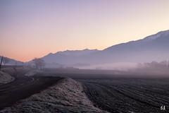 Froideur matinale (flo73400) Tags: leverdusoleil sunrise landscape fog mountain alpes france