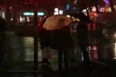 335/366 - Umbrellas Club... (Sinuh Bravo Photography) Tags: canon eos7d potd2016 ayearinphotos nightshot umbrellas rain outdoor berlin bismarckstr