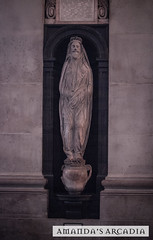 john donne (Sic Itur Ad Astra LRPS) Tags: uk england london history church monument st architecture canon fire cathedral religion tomb great trafalgar pauls waterloo historical wren religous