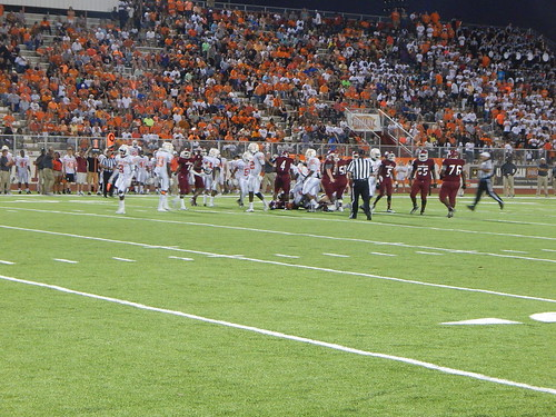 "Arkansas vs Texas • <a style=""font-size:0.8em;"" href=""http://www.flickr.com/photos/134567481@N04/21162125671/"" target=""_blank"">View on Flickr</a>"