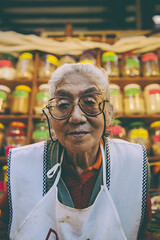 She's been at Mercado de San Juan since she was a little girl, now she is one of the most important people at the mercado. She know everything about herbs and spices, specially mole. (-Desde 1989-) Tags: food teotihuacan diegorivera palacionacional garibaldi pujol biko nicos mercadodesanjuan tenampa visitmexico 50best merotoro azulhistorico mesaamérica mesareconda