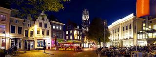 Stadhuisplein in de avond, Utrecht.