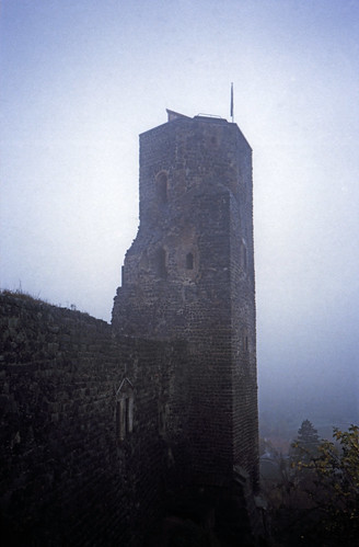 """Elbsandsteingebirge (174) Burg Stolpen Siebenspitzenturm • <a style=""""font-size:0.8em;"""" href=""""http://www.flickr.com/photos/69570948@N04/22331465328/"""" target=""""_blank"""">View on Flickr</a>"""
