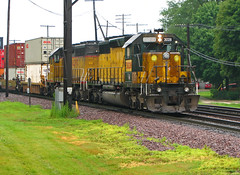 Last one (GLC 392) Tags: railroad 3 chicago up grass rain last one illinois pacific bell iii union railway il northwestern gong global rochelle emd sd402 patched cnw 3017 3028 6847 g3g2